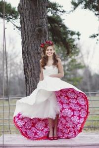 valentine- white red under